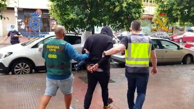 Incautadas cuatro toneladas de hachís a un grupo de narcotraficantes que utilizaba las Islas Canarias como nueva vía de entrada a España