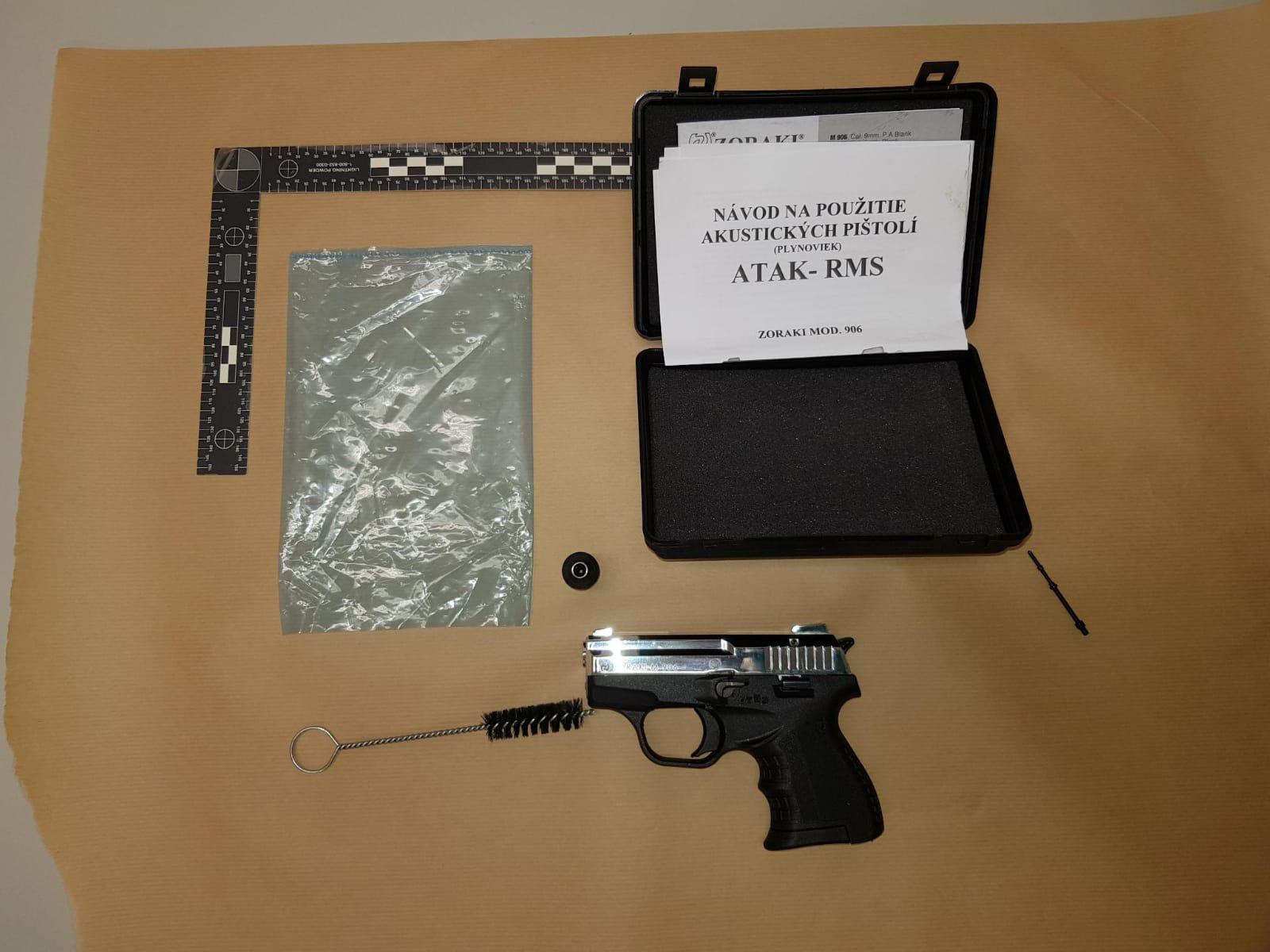 La Guardia Civil y la policía holandesa detienen por tráfico de armas a una persona vinculada a grupos radicales violentos