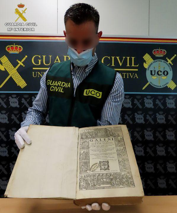 La Guardia Civil recupera bienes culturales de gran valor histórico que se daban por desaparecidos