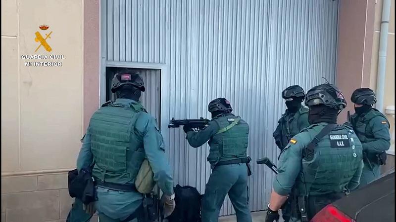 La Guardia Civil incauta de cerca de 5 toneladas de hachís a una organización afincada en la provincia de Almería