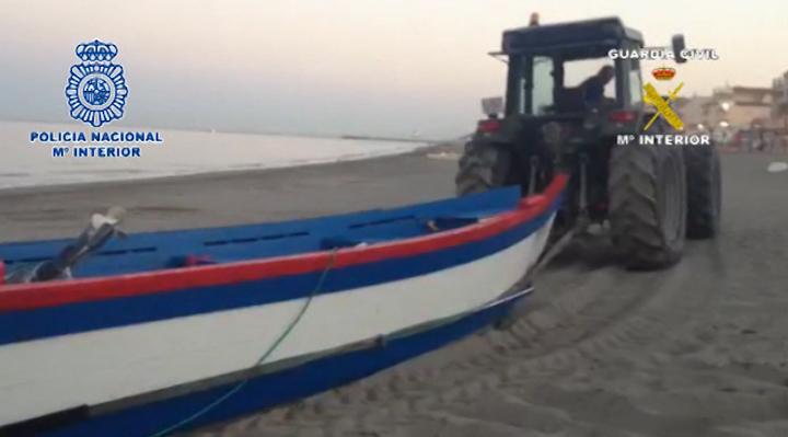 Desarticulada una red dedicada a introducir grandes cantidades de hachís en España en embarcaciones provistas de un doble fondo
