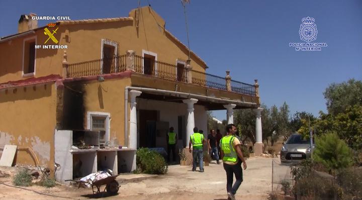 Detenidos los presuntos autores de 50 robos en casas de campo y naves industriales en partidas rurales de Elche