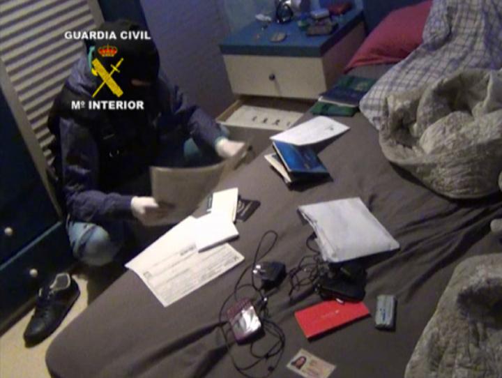 """La Guardia Civil desarticula el grupo de """"Los trinitarios"""" asentado en Lleida"""