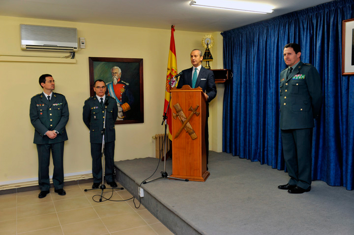 El Director General de la Guardia Civil durante su discurso.