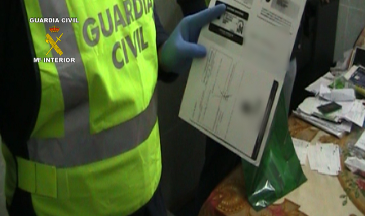 La Guardia Civil desmantela una red de pakistaníes que extorsionaba y amenazaba a compatriotas suyos